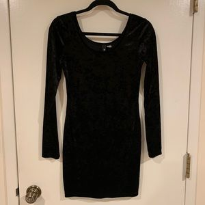 H&M black velvet dress (Sz 10)